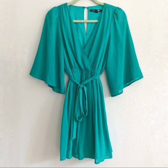eb33ff9721d Forever 21 Dresses | Emerald Green Kimono Dress Medium | Poshmark